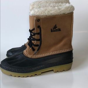 Kamik Canada Wool Lined leather and Rubber Boots